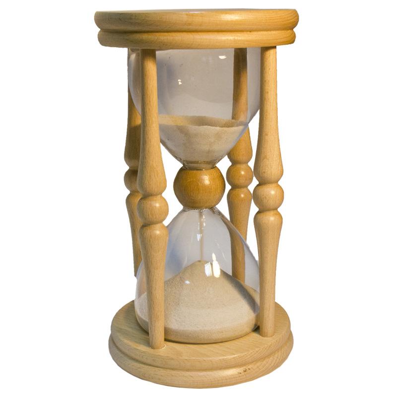 У песочных часов хочу мудрость понять пусть откроют давно забытое, ничего не пришлось в них до ныне менять гений создал устройство простое.